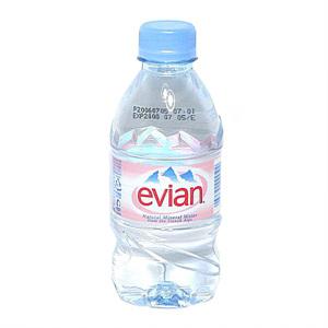 에비앙 생수(330ml)/1box는 24入입니다.1인당 2box제한합니다.