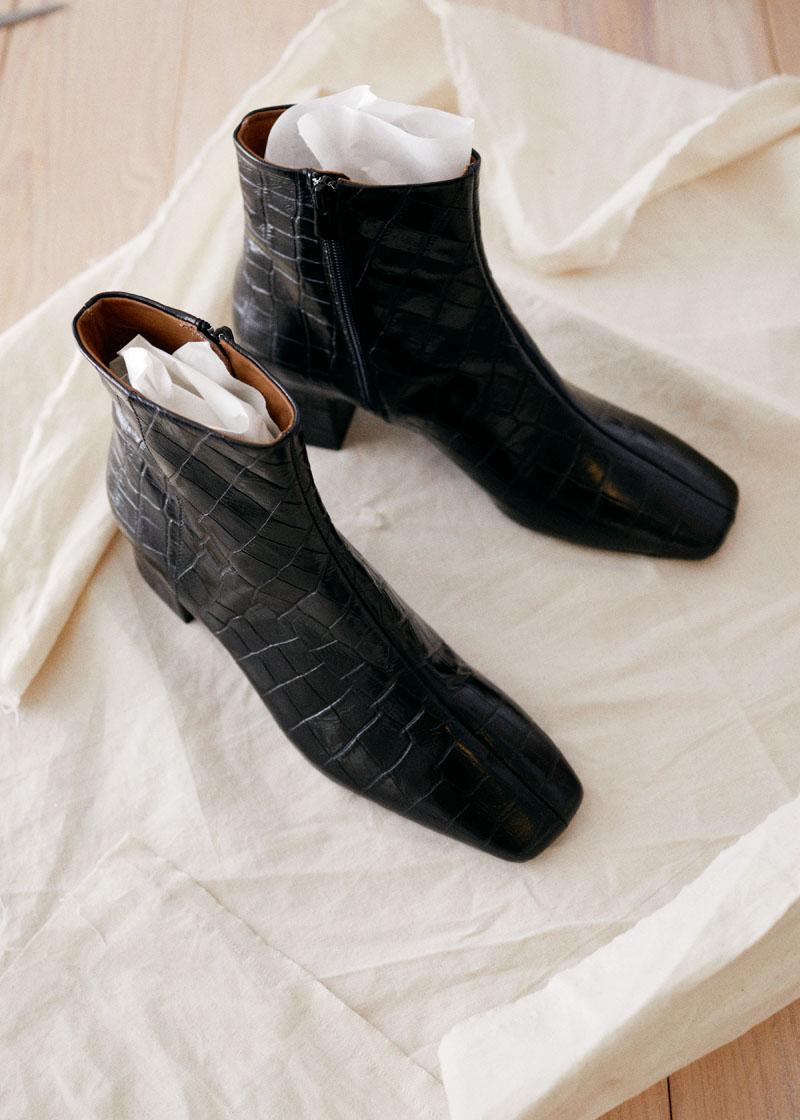 Wardrobe cleanse - 가죽 신발