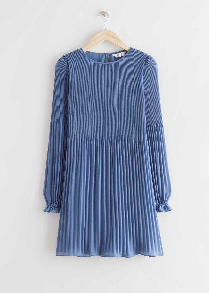 앤아더스토리즈 플리츠 미니 드레스의 블루컬러 Product입니다.