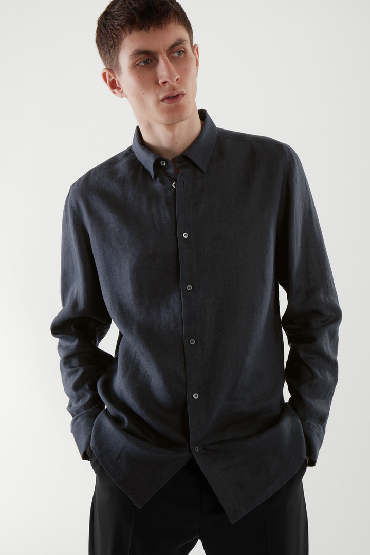 COS default image 9 of 블루 in 헴프 셔츠