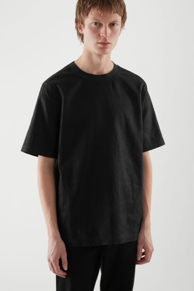 COS default image 1 of 블랙 in 데님 티셔츠