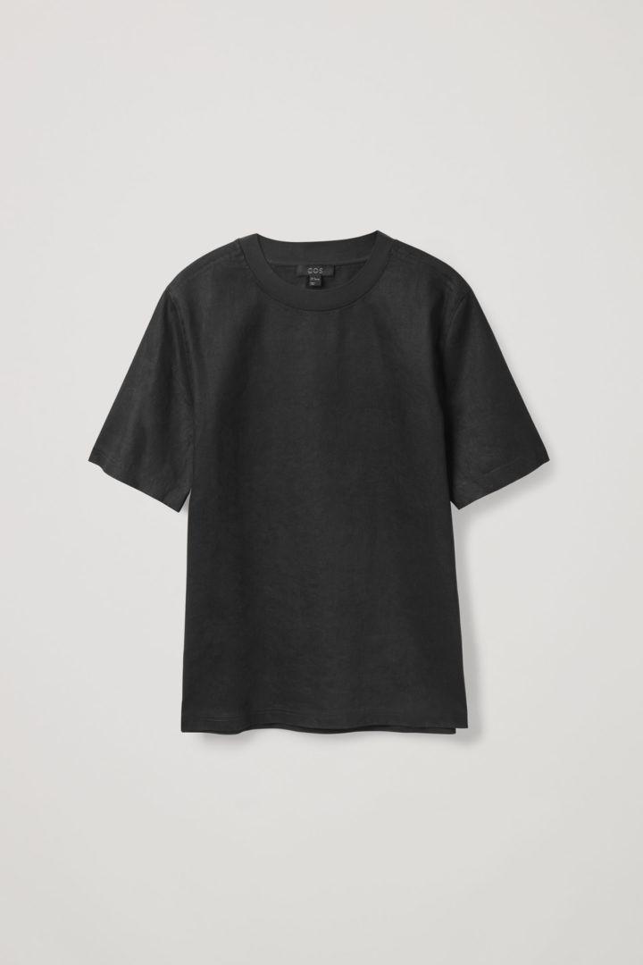 COS 데님 티셔츠의 블랙컬러 Product입니다.