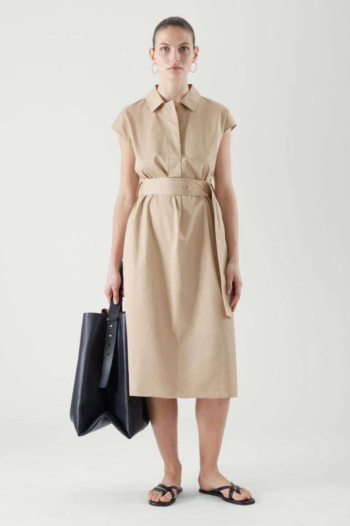 COS default image 1 of  in 벨티드 셔츠 드레스