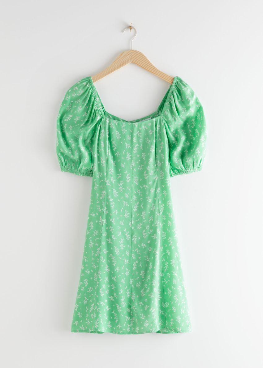 앤아더스토리즈 퍼프 슬리브 미니 드레스의 그린 플로럴컬러 Product입니다.