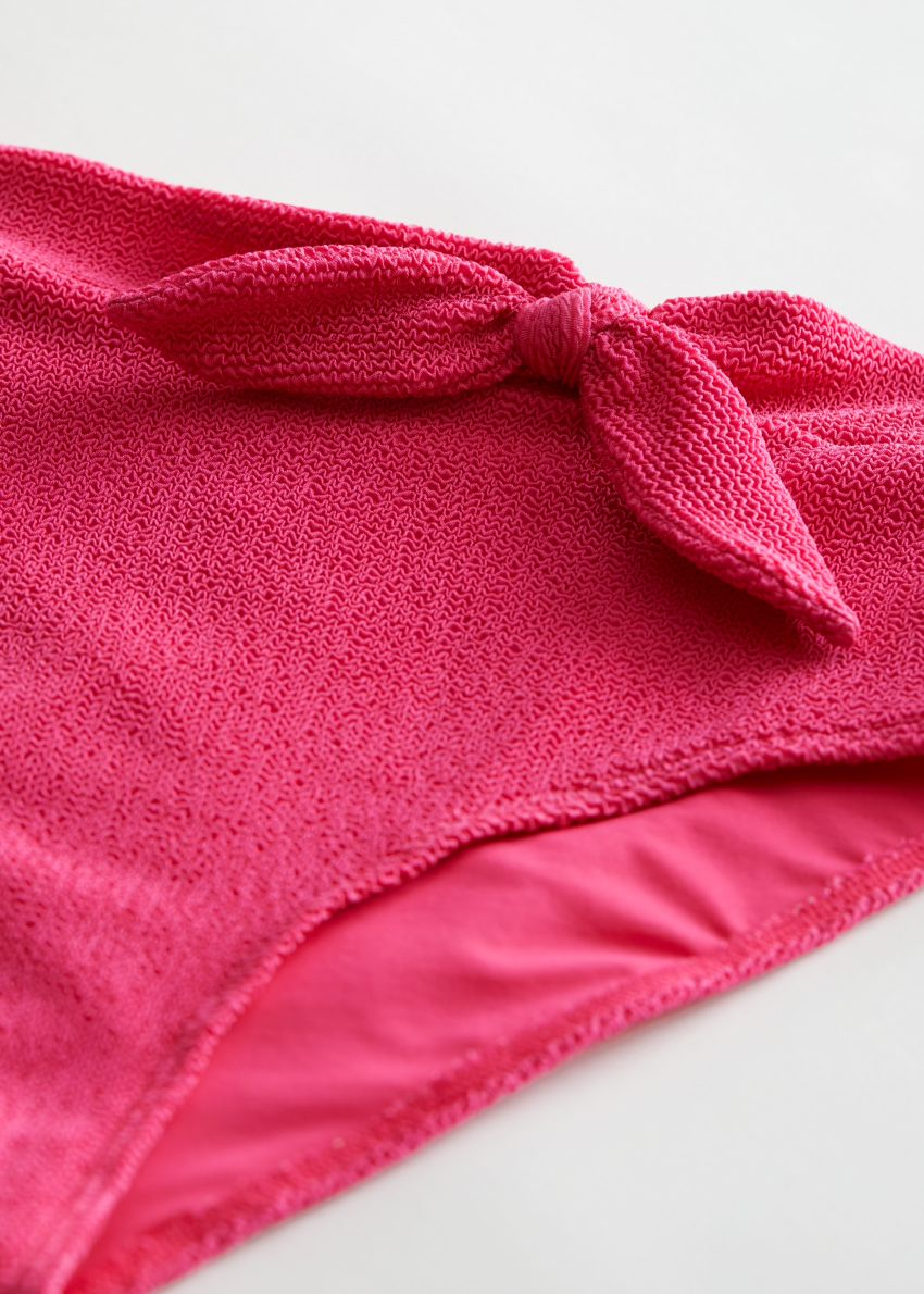 앤아더스토리즈 하이 웨이스트 보우 비키니 브리프의 핑크컬러 Detail입니다.