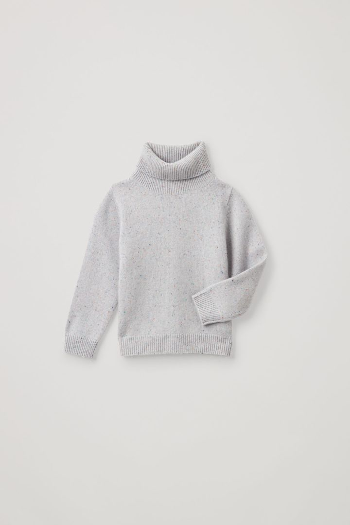 COS 캐시미어 롤넥 스웨터의 그레이컬러 Product입니다.