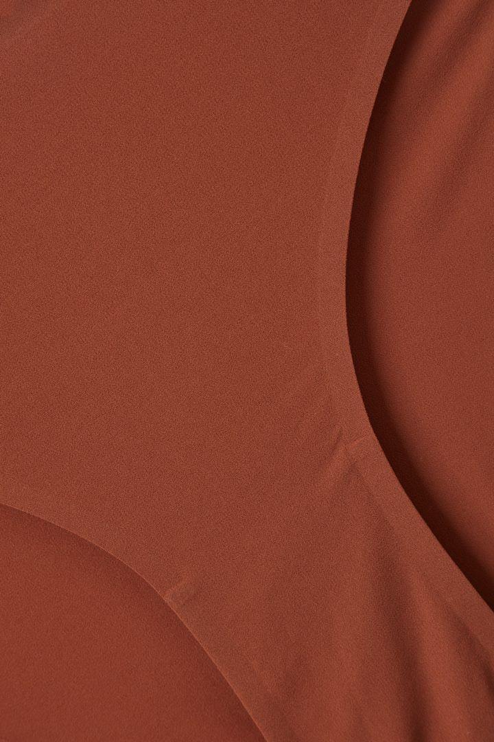 COS 비키니 브리프의 베이지컬러 Detail입니다.