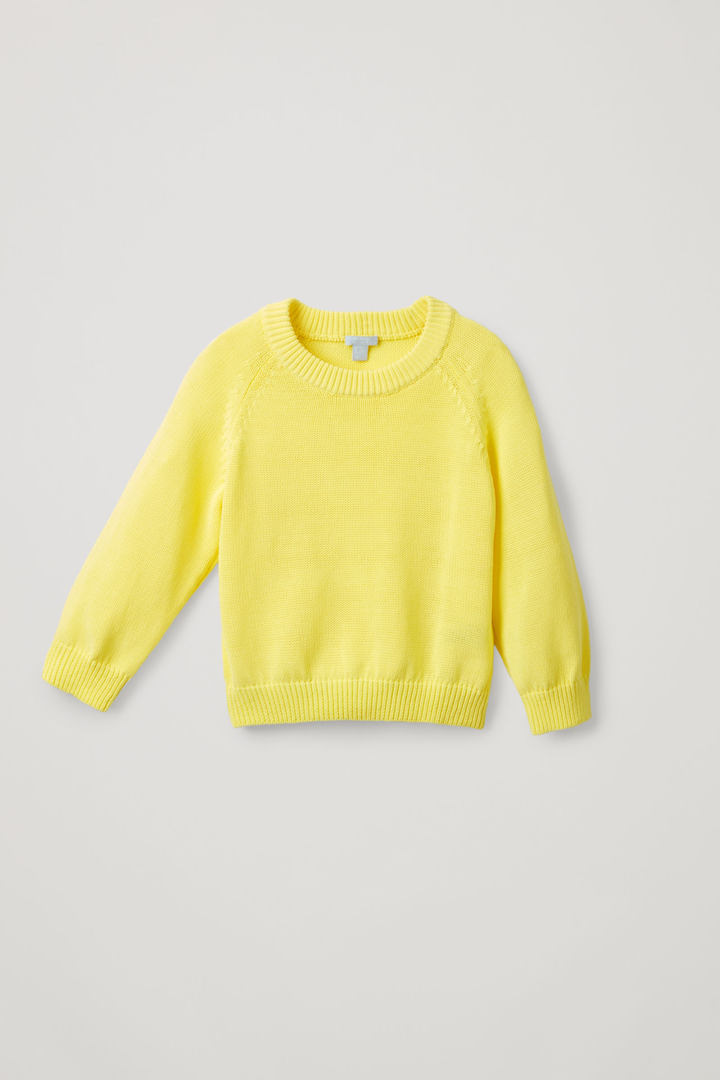 COS hover image 3 of 옐로우 in 코쿤 코튼 니트 스웨터