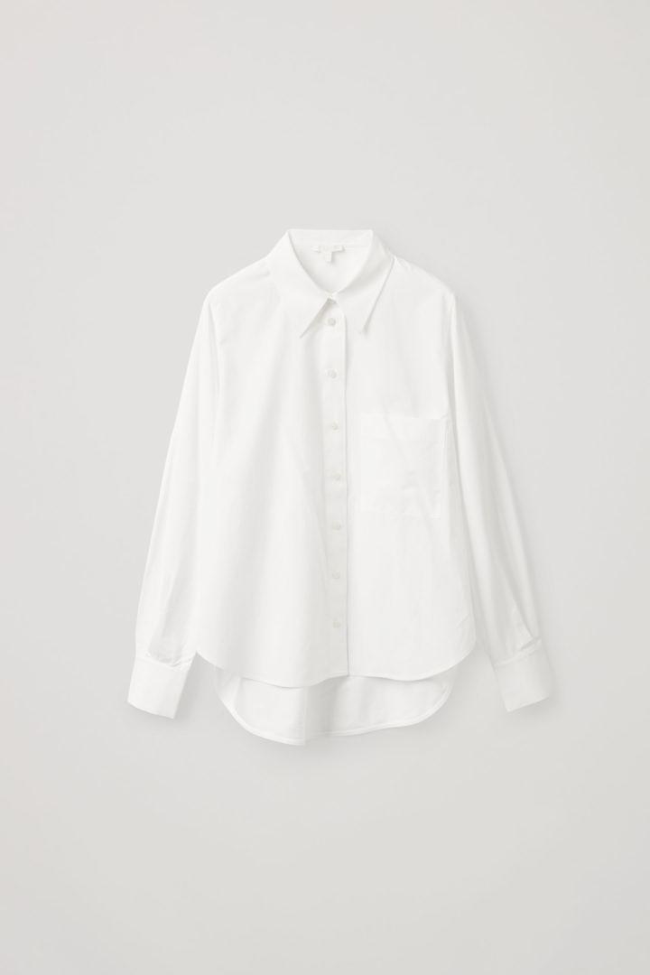 COS 코튼 보이프렌드 셔츠의 화이트컬러 Product입니다.