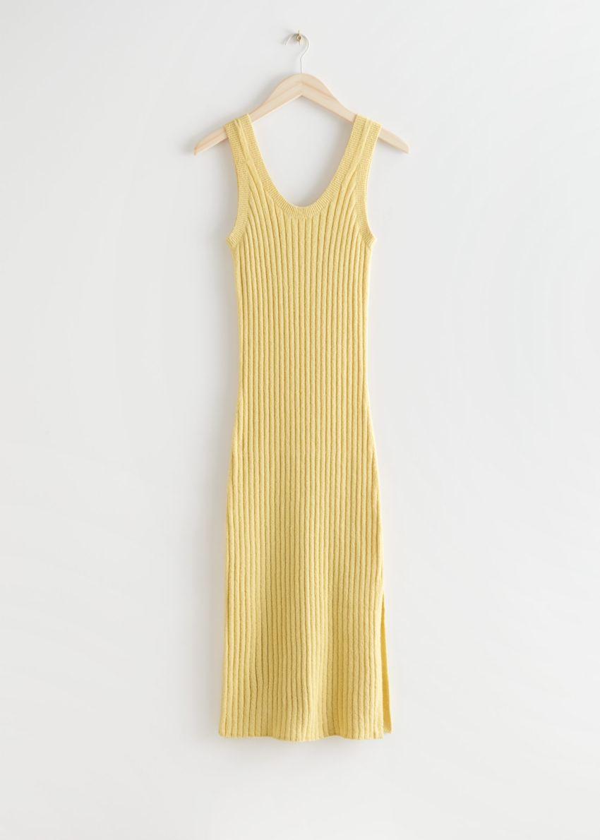 앤아더스토리즈 슬리브리스 립 니트 미디 드레스의 옐로우컬러 Product입니다.