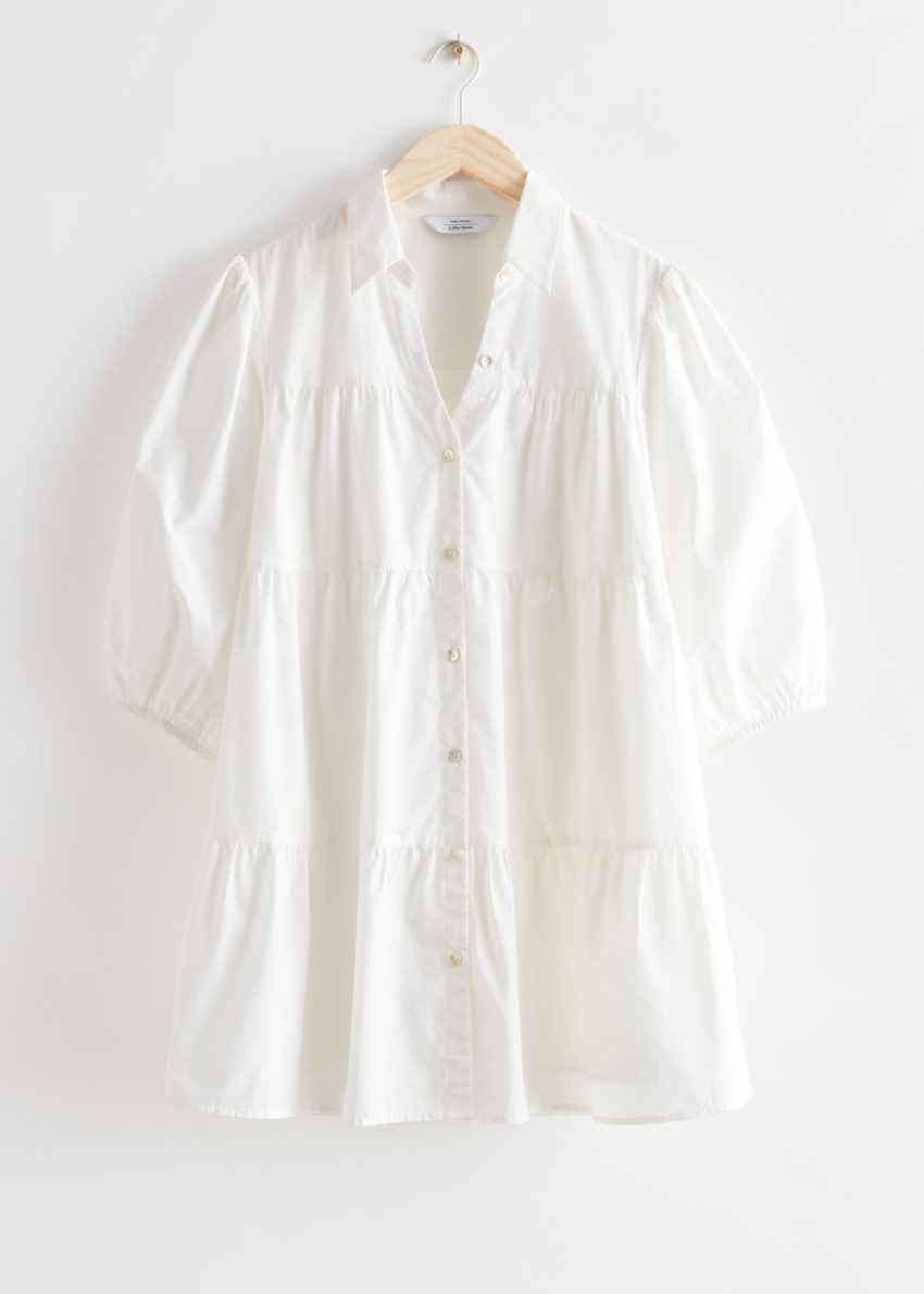 앤아더스토리즈 티어드 버튼 업 미니 드레스의 화이트컬러 Product입니다.