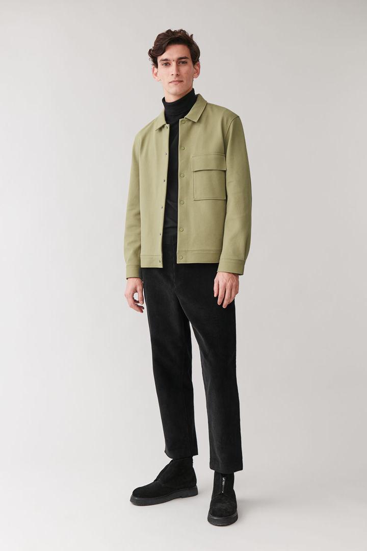 COS default image 3 of 그린 in 코튼 트윌 셔츠 재킷