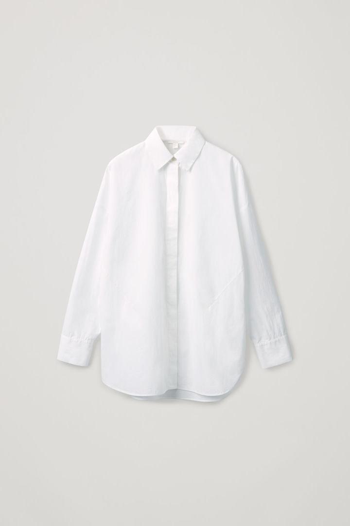 COS hover image 11 of 화이트 in 라운드 컷 코튼 셔츠