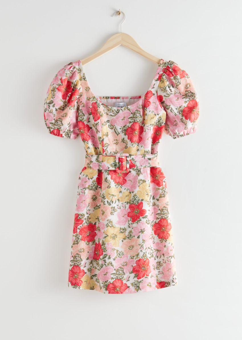 앤아더스토리즈 벨티드 퍼프 슬리브 미니 드레스의 핑크 플로럴컬러 Product입니다.