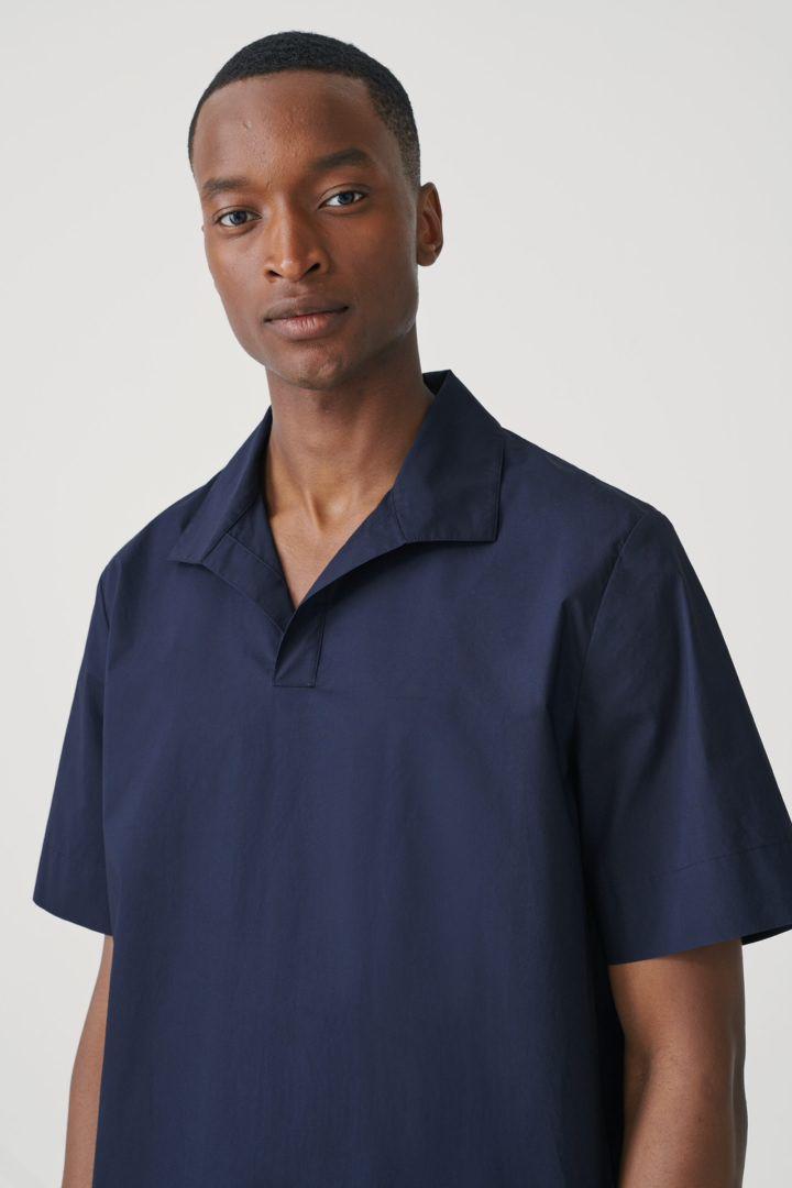 COS default image 2 of  in 오픈 칼라 코튼 셔츠