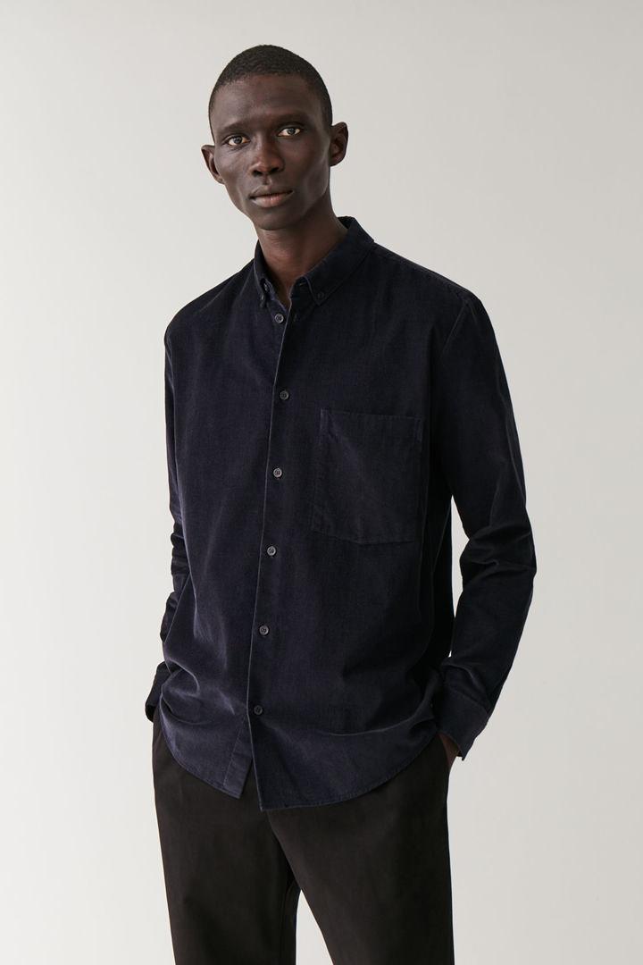 COS default image 5 of 블루 in 코듀로이 셔츠