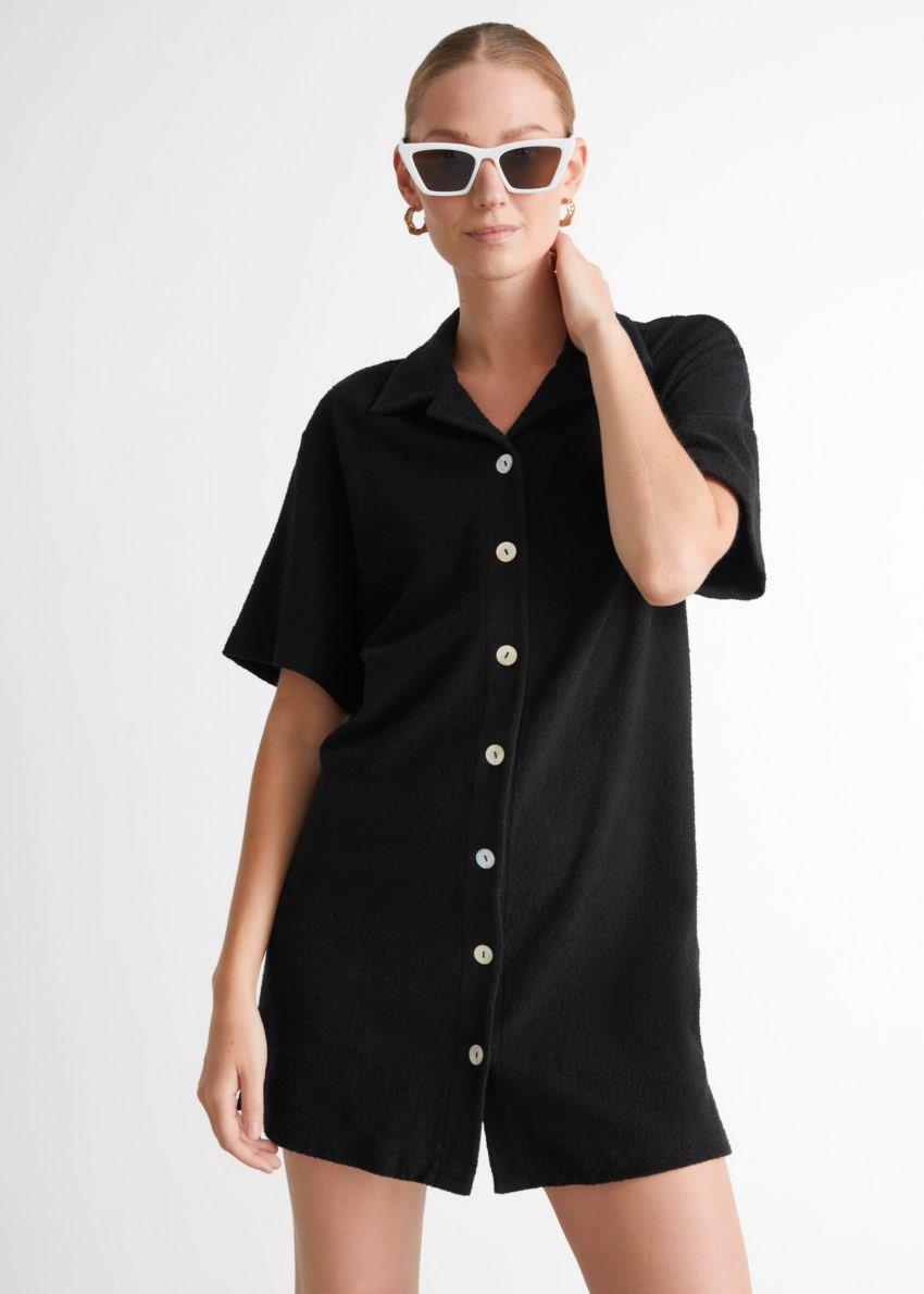앤아더스토리즈 오버사이즈 미니 셔츠 드레스 의 블랙컬러 ECOMLook입니다.