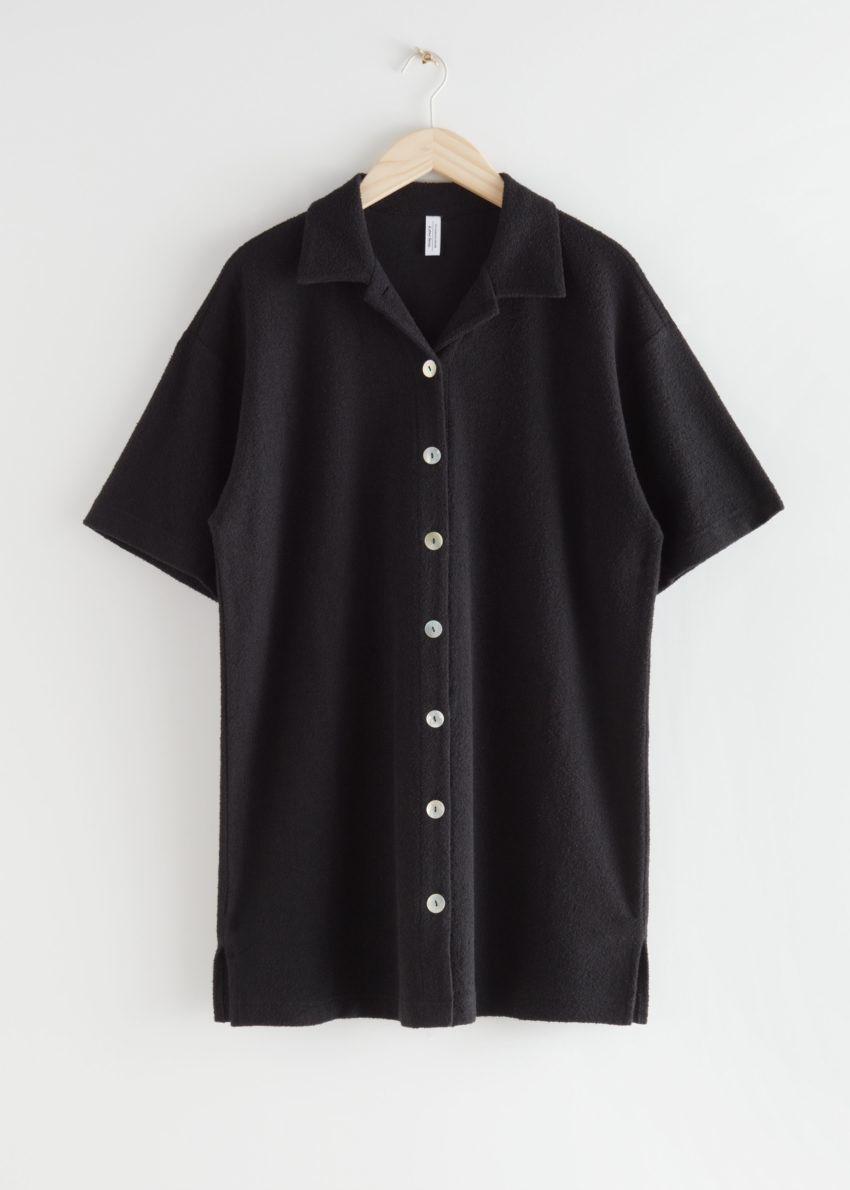 앤아더스토리즈 오버사이즈 미니 셔츠 드레스 의 블랙컬러 Product입니다.