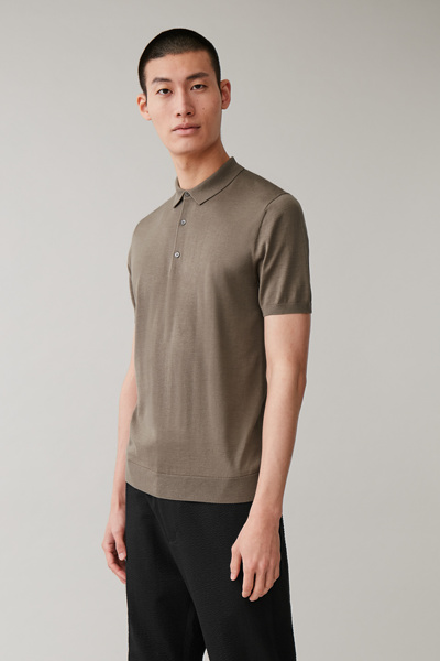 COS hover image 3 of 브라운 in 실크 코튼 니트 폴로 셔츠