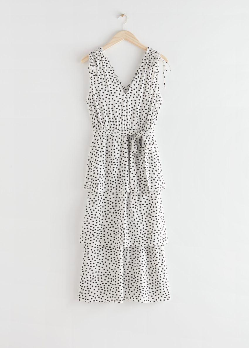 앤아더스토리즈 벨티드 브이넥 미디 드레스의 화이트 도트컬러 Product입니다.