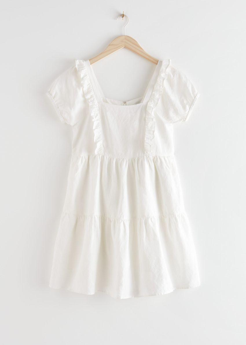 앤아더스토리즈 티어 러플 미니 드레스의 화이트컬러 Product입니다.