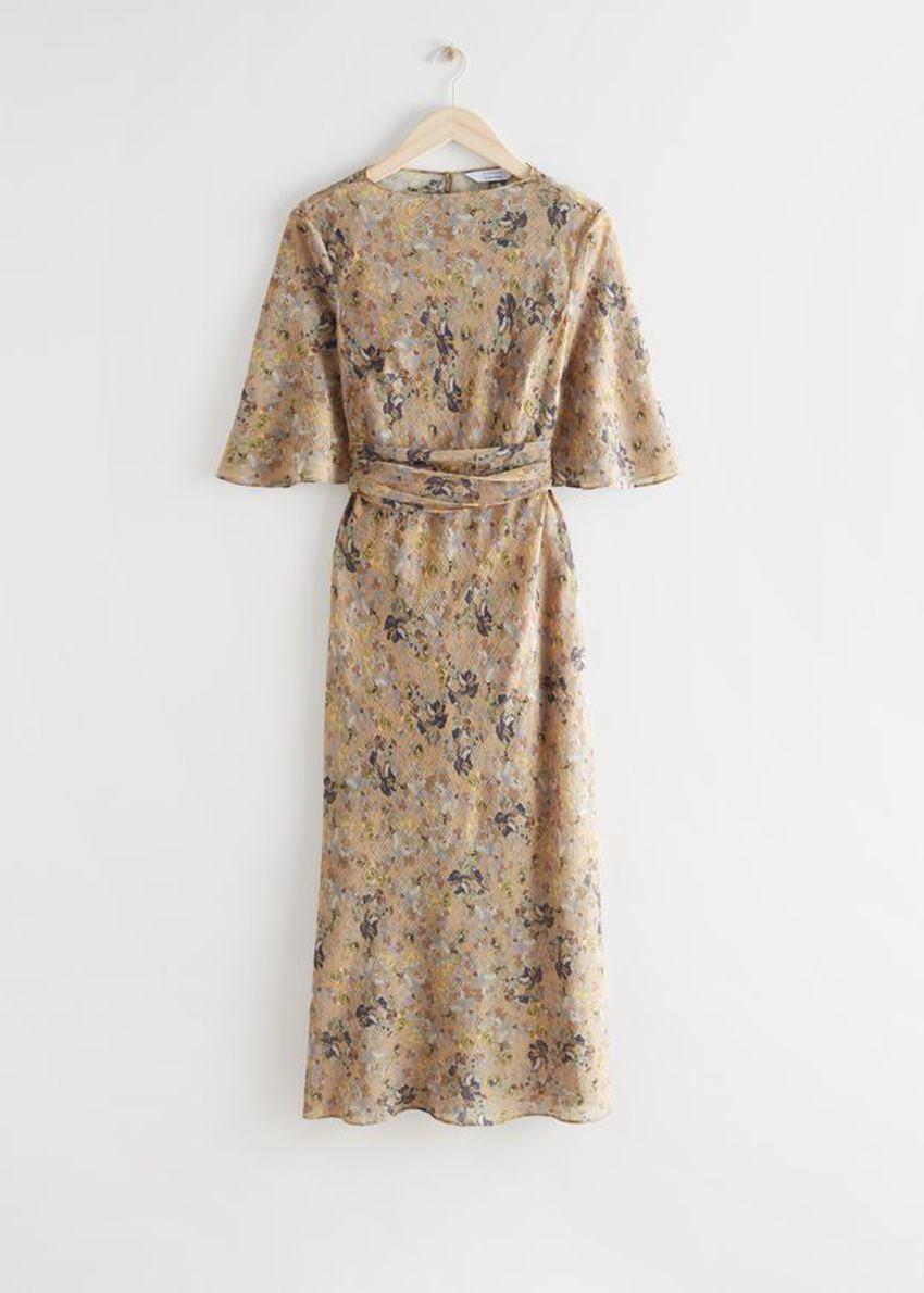 앤아더스토리즈 프린트 벨티드 미디 드레스의 베이지 플로럴컬러 Product입니다.