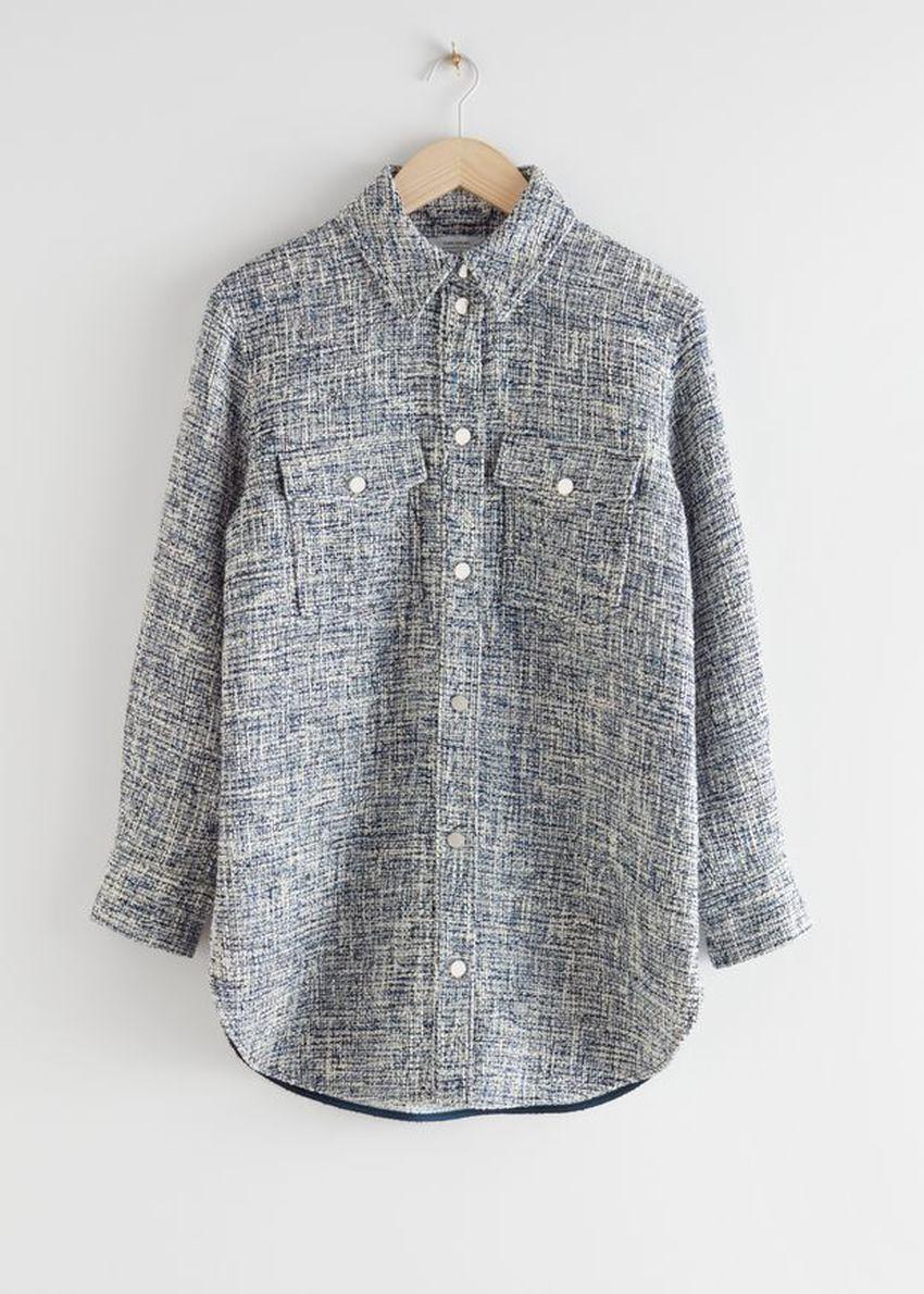 앤아더스토리즈 오버사이즈 트위드 셔츠 재킷의 블루 트위드컬러 Product입니다.