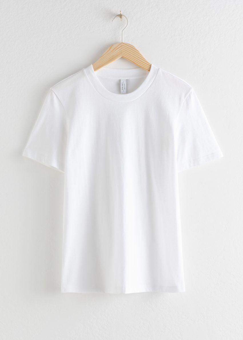 앤아더스토리즈 코튼 티셔츠의 화이트컬러 Product입니다.