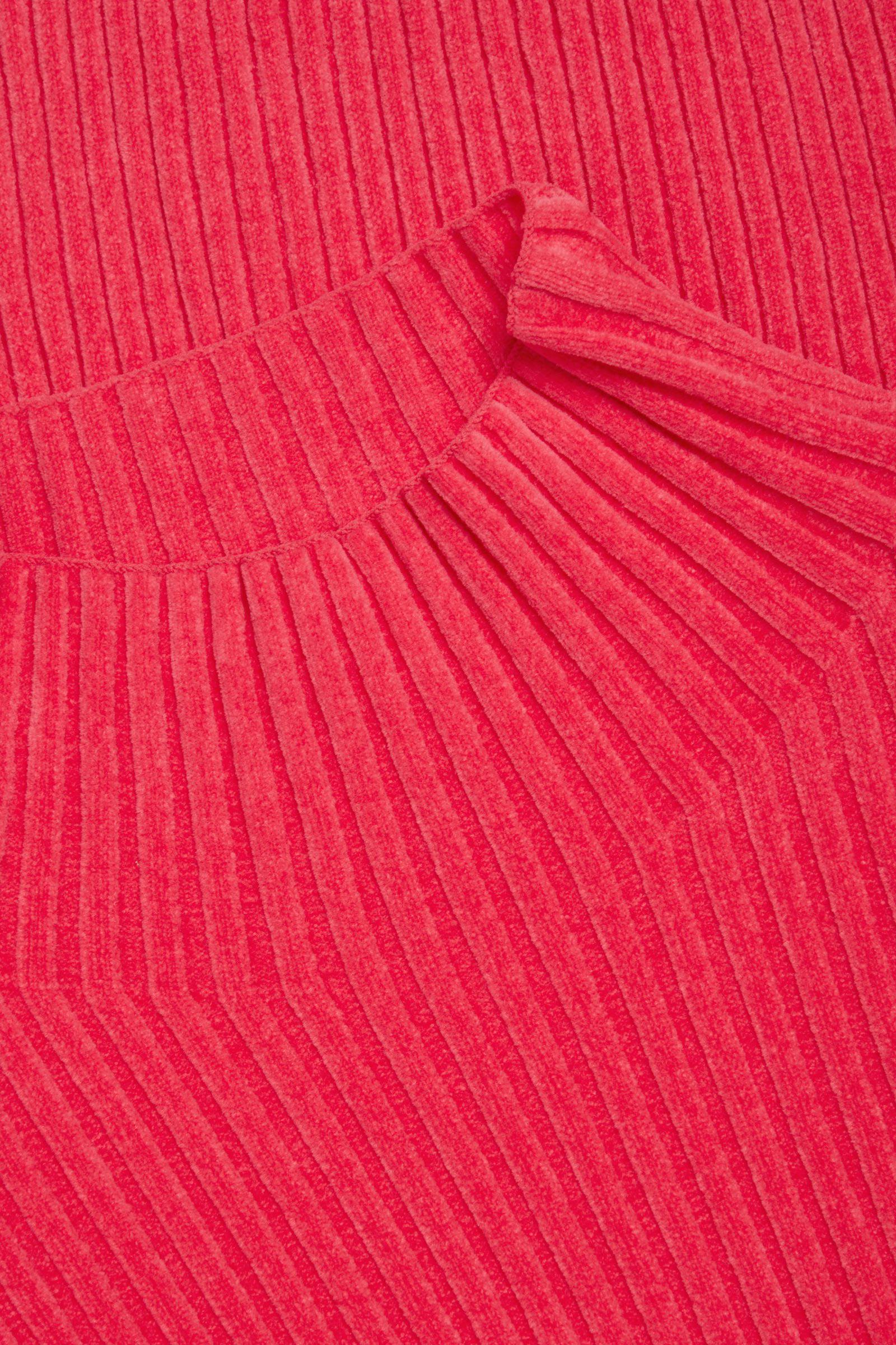 COS 리브 오가닉 코튼 탑의 핑크컬러 Detail입니다.