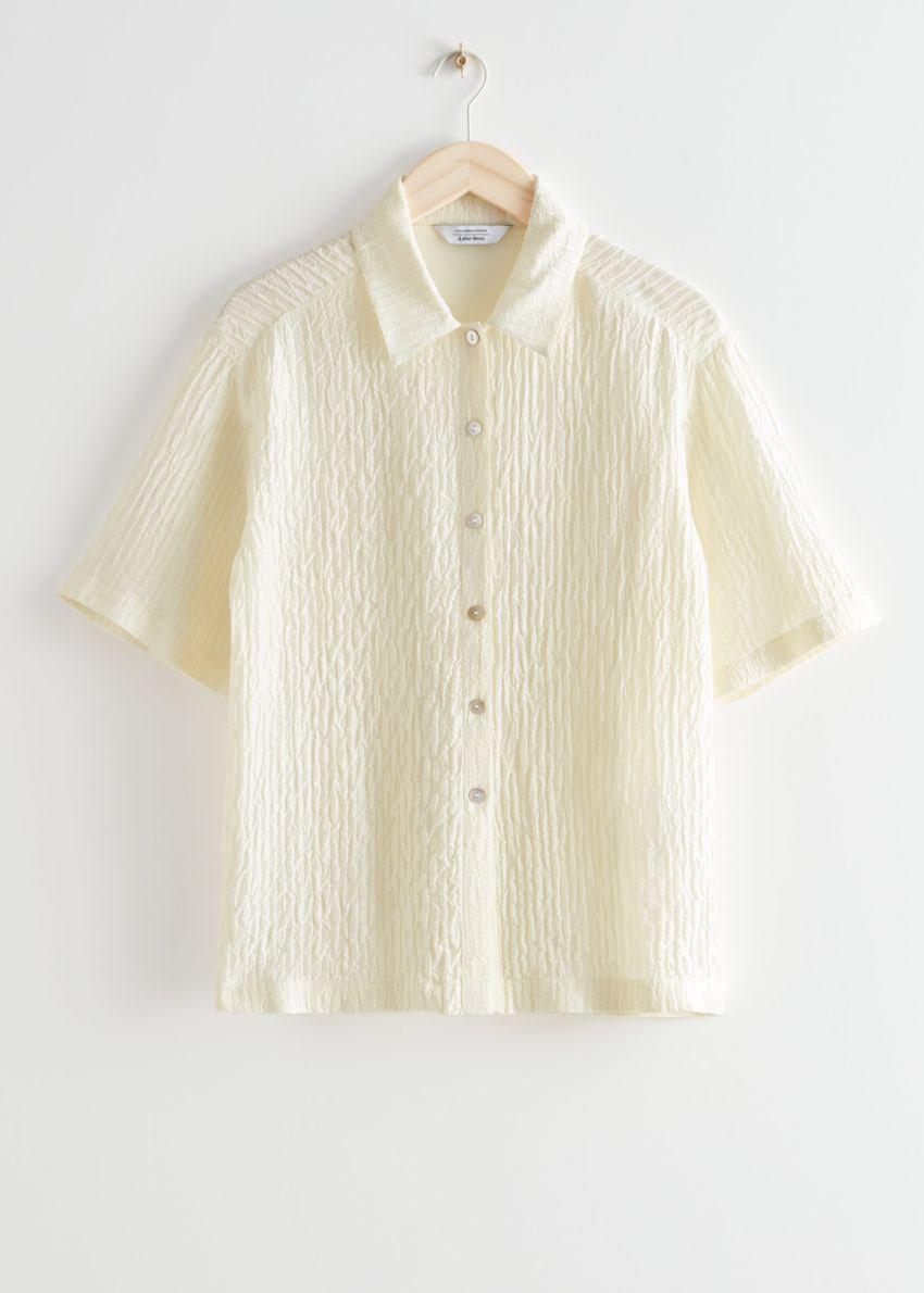 앤아더스토리즈 텍스처 실크 셔츠의 크림컬러 Product입니다.