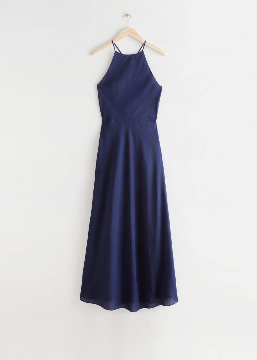 앤아더스토리즈 스트래피 맥시 드레스의 다크 블루컬러 Product입니다.
