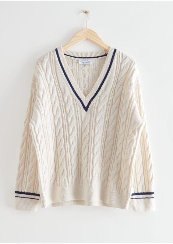 &OS image 27 of 화이트 in 메리노 케이블 니트 스웨터