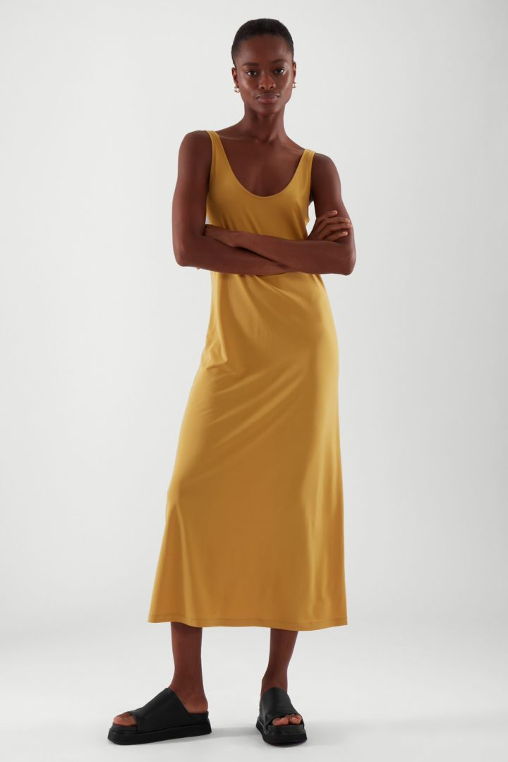 COS default image 7 of 옐로우 in 미디 슬립 드레스