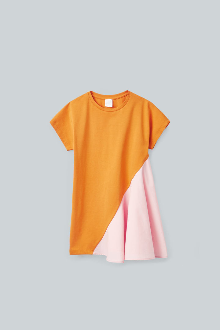 COS default image 1 of 오렌지 in 우븐 저지 컬러 블록 드레스