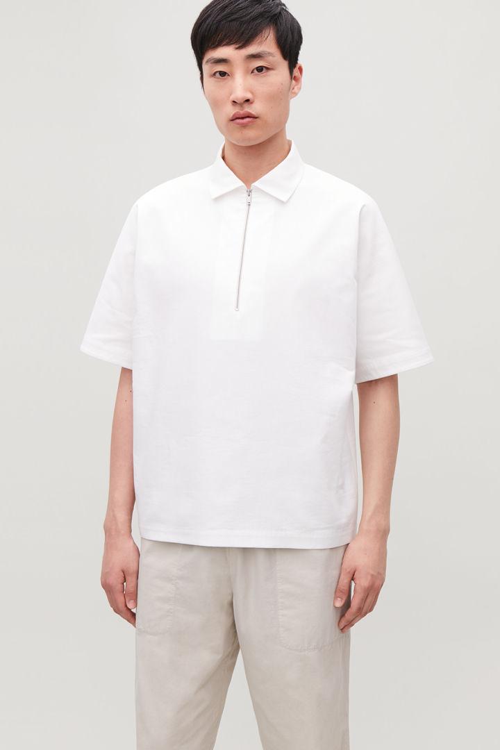 COS default image 4 of 화이트 in 기모노 셰이프 슬리브 폴로 셔츠