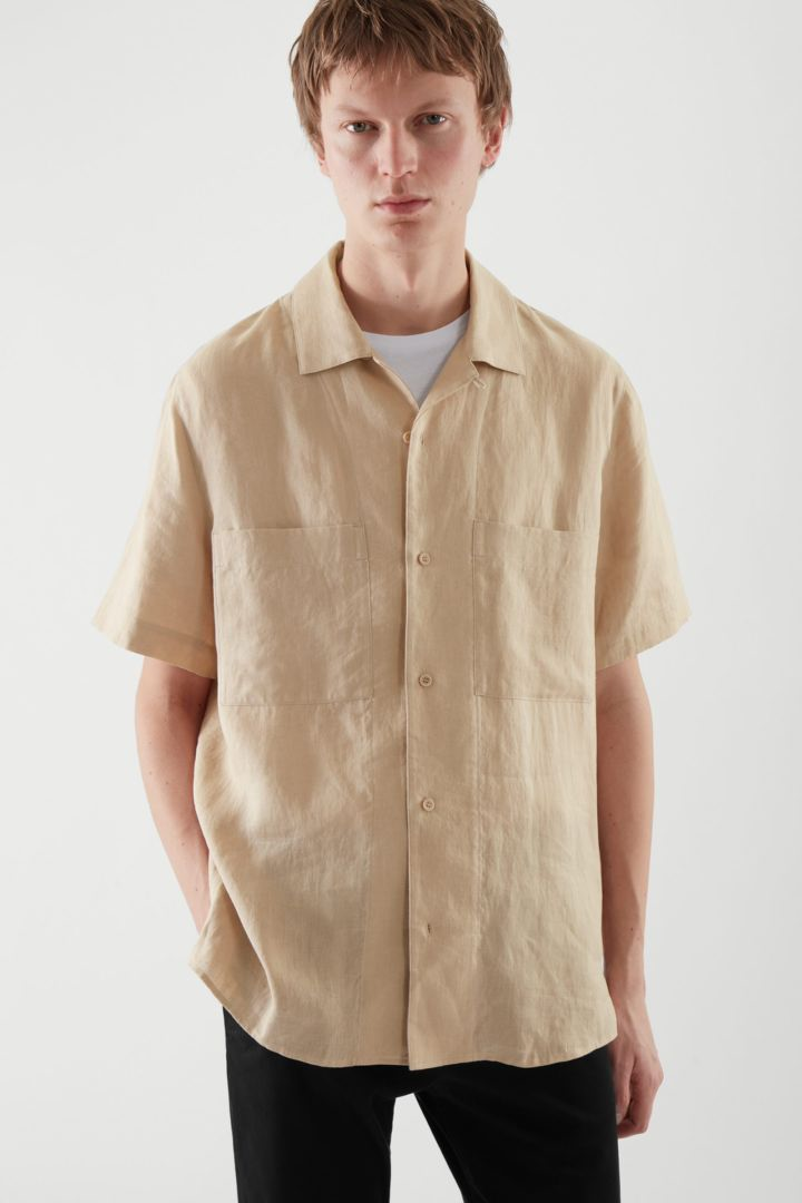 COS default image 7 of  in 캠프 칼라 쇼트 슬리브 셔츠
