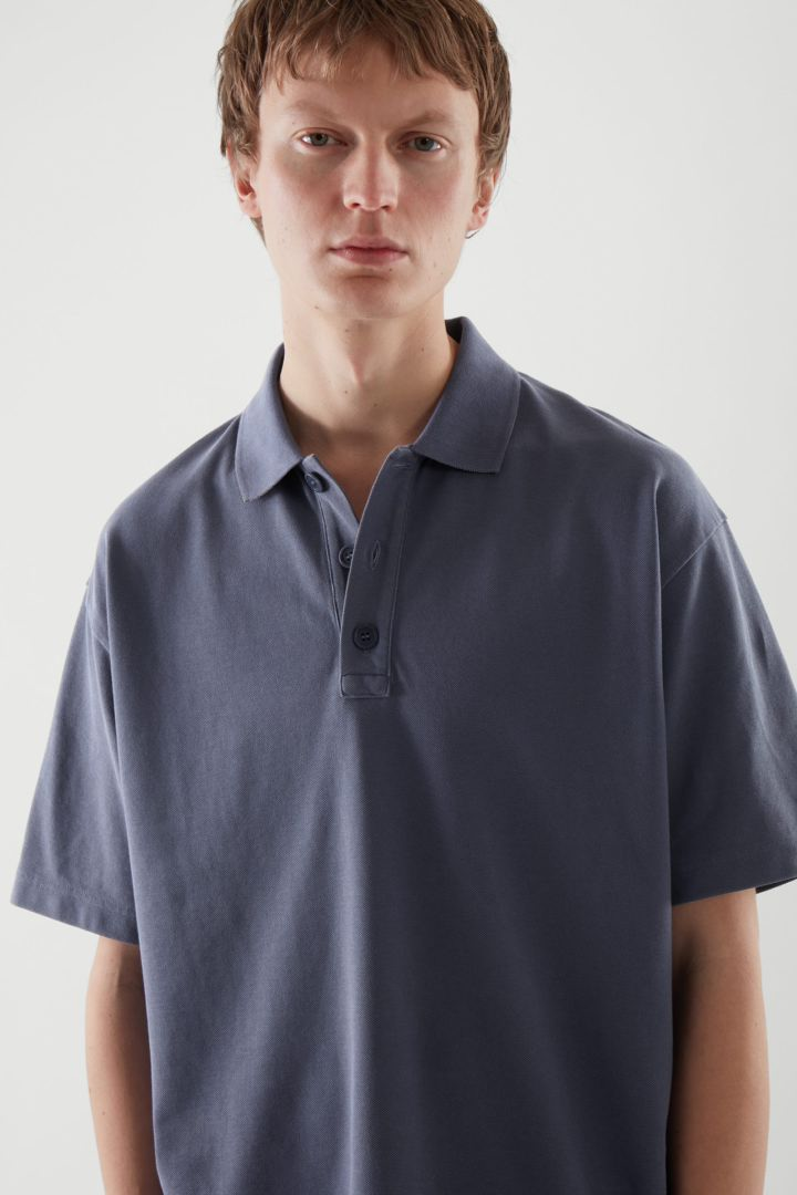 COS default image 7 of 블루 in 폴로 셔츠