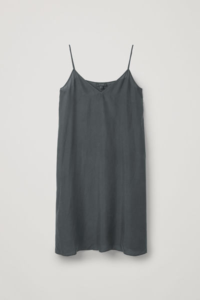 COS default image 9 of 블랙 in 라이트웨이트 실크 슬립 드레스