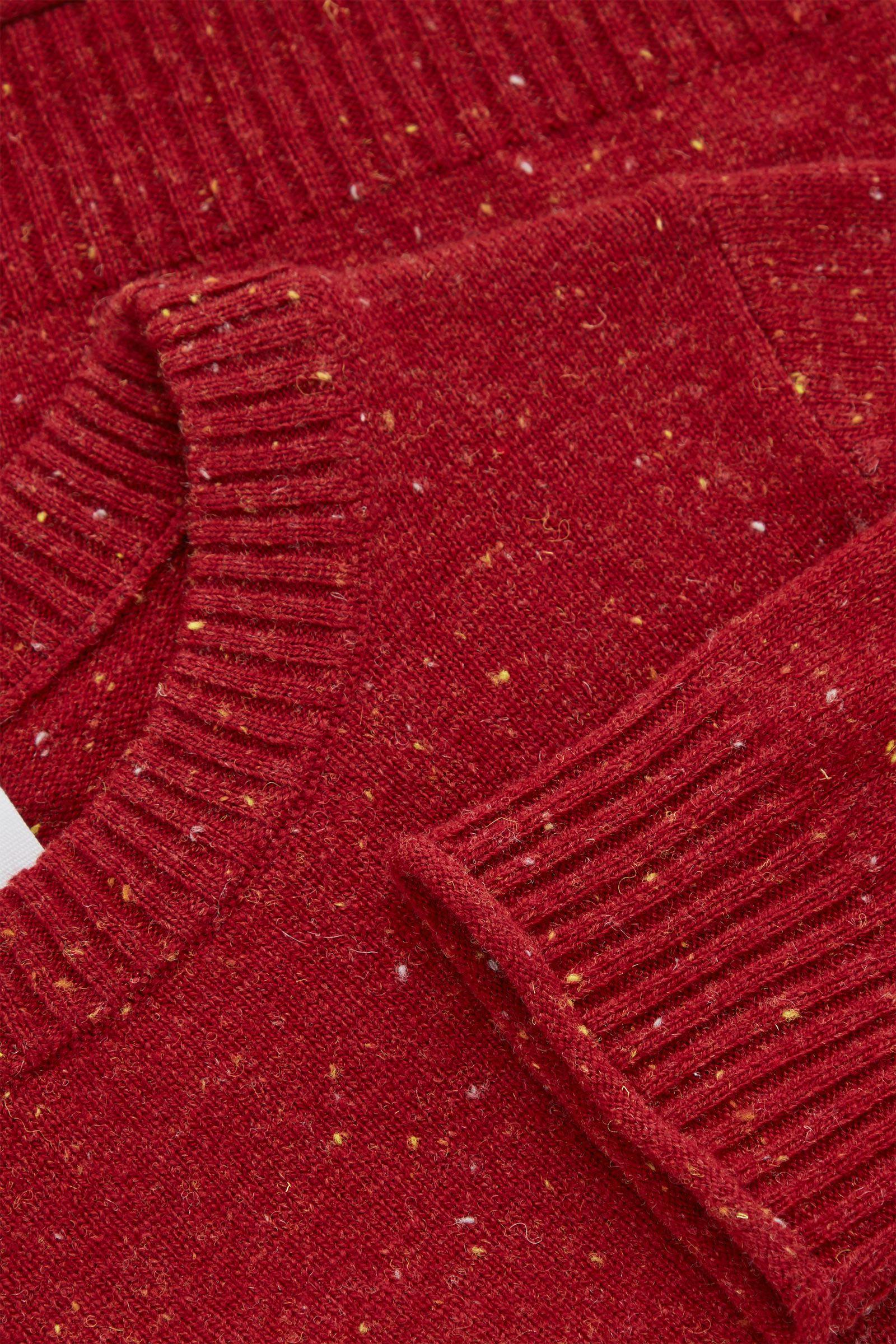 COS 메리노 울 스페클드 니트 스웨터의 레드컬러 Detail입니다.