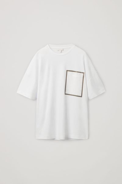 COS default image 10 of 화이트 in 패치 포켓 오버사이즈 티셔츠
