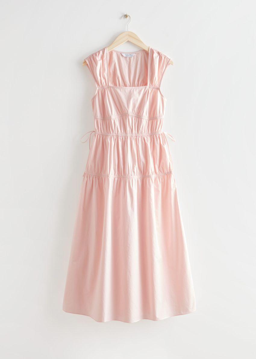 앤아더스토리즈 웨이스트 타이 미디 드레스의 라이트 핑크컬러 Product입니다.