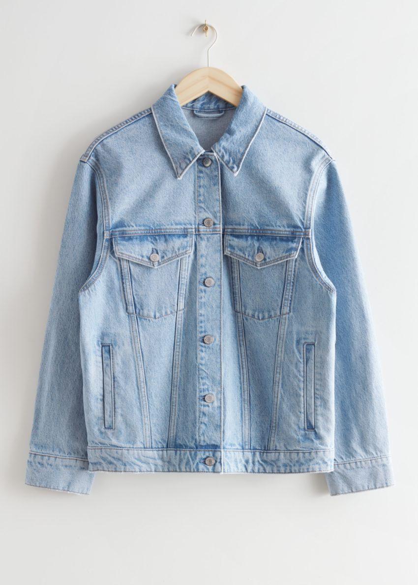 앤아더스토리즈 버튼 업 데님 재킷의 라이트 블루컬러 Product입니다.