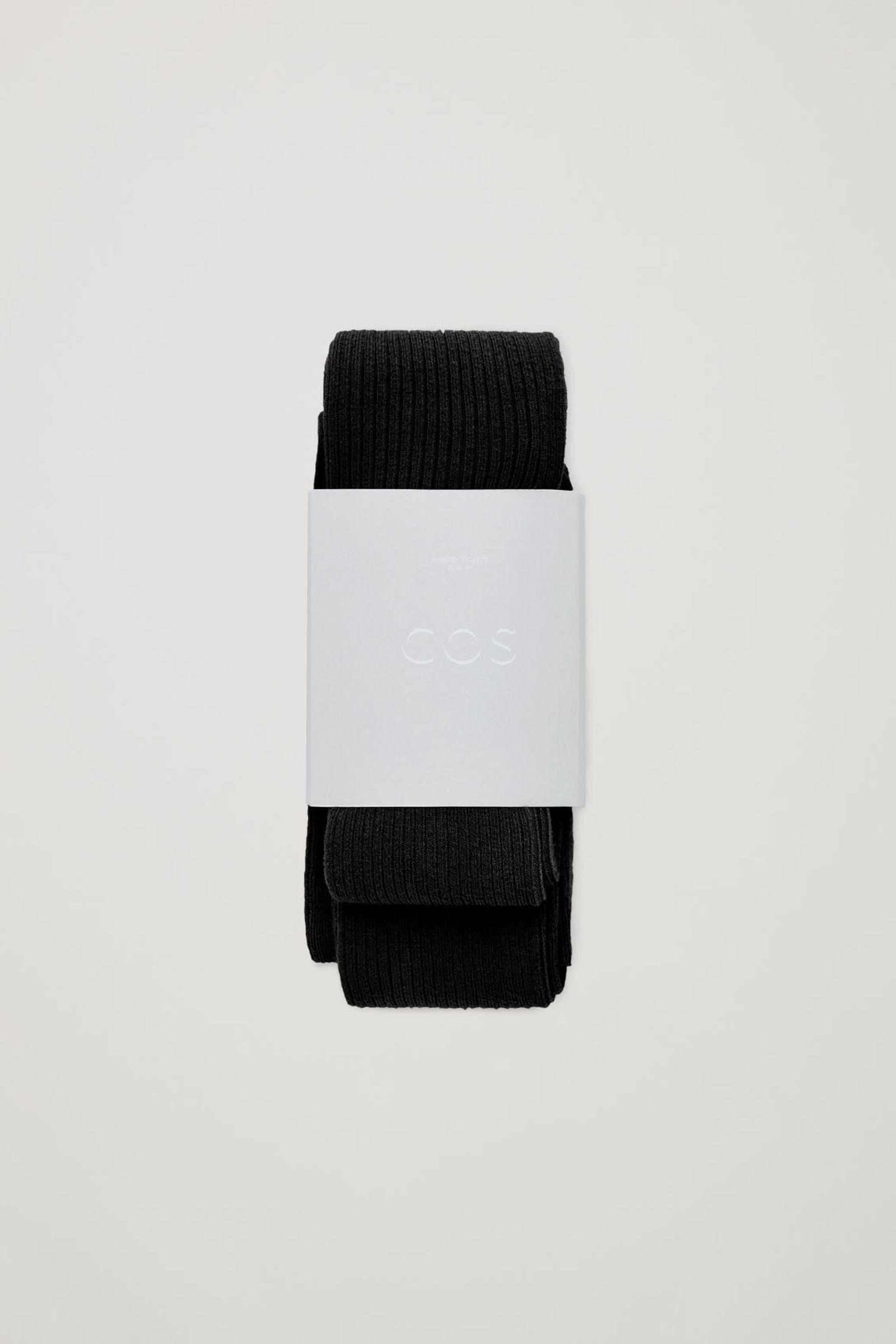 COS 리브드 타이츠의 블랙컬러 Product입니다.