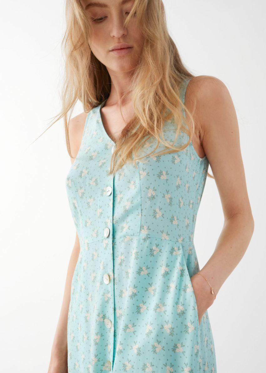 앤아더스토리즈 슬리브리스 버튼 업 미디 드레스의 터쿼이즈 플로럴컬러 ECOMLook입니다.