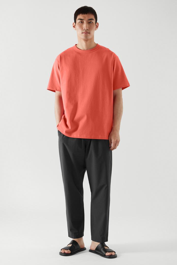 COS default image 4 of 오렌지 in 릴랙스드 핏 티셔츠
