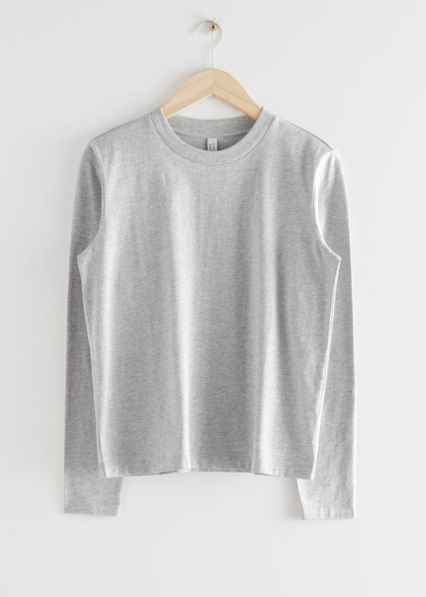 앤아더스토리즈 오가닉 코튼 롱 슬리브 티셔츠의 그레이컬러 Product입니다.