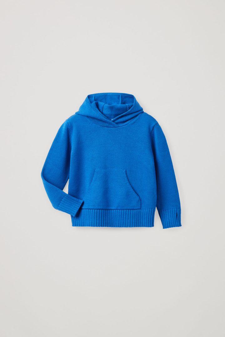 COS 메리노 울 플레인 니트 후디의 블루컬러 Product입니다.