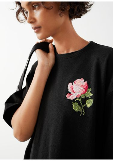 &OS image PRA default 2 of  in 로즈 엠브로이더리 티셔츠 미니 드레스