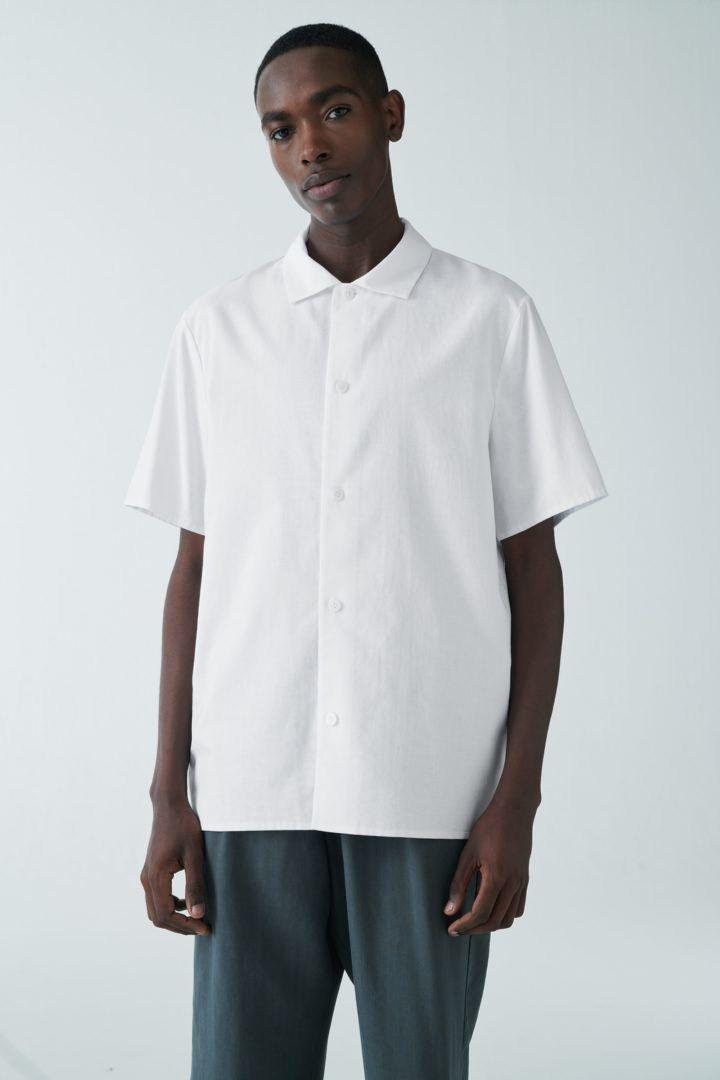 COS default image 4 of 화이트 in 오가닉 코튼 클린 칼라 셔츠