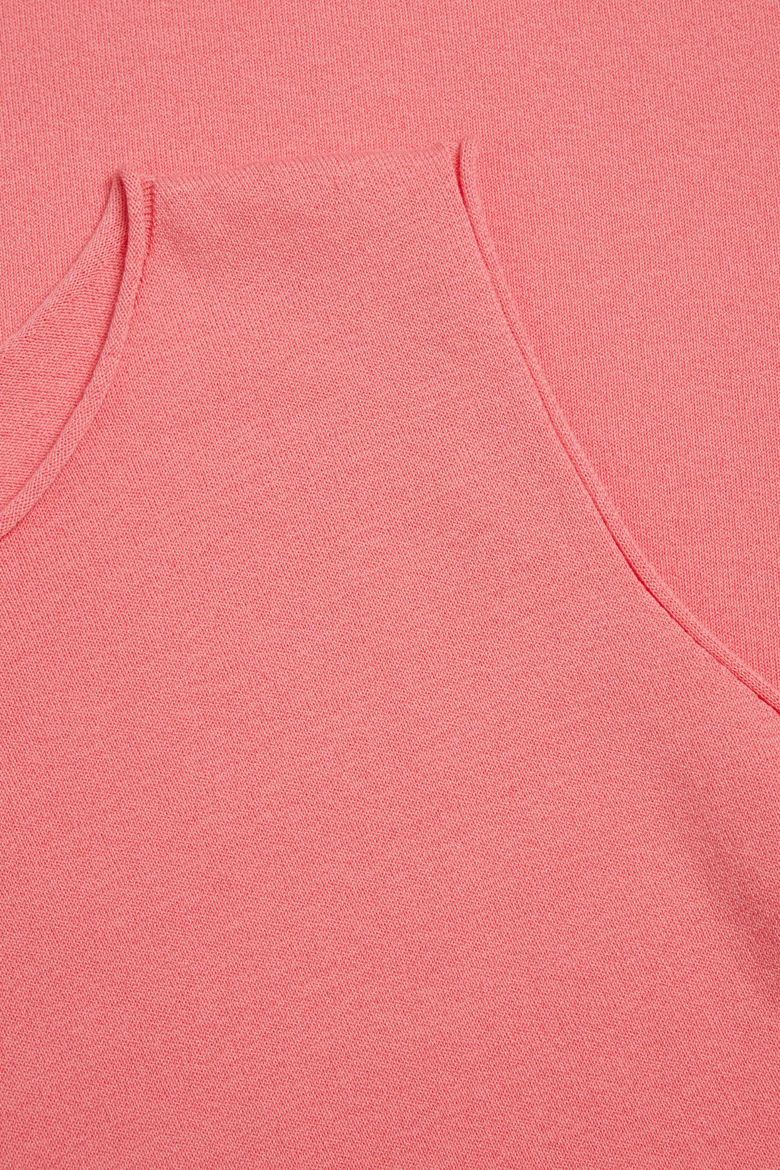 COS 오가닉 코튼 니티드 슬리브리스 드레스의 핑크컬러 Detail입니다.